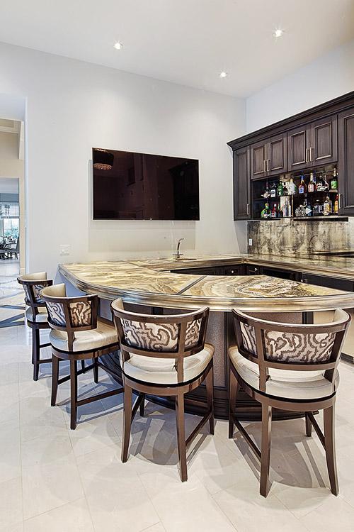 Custom bar in luxury home